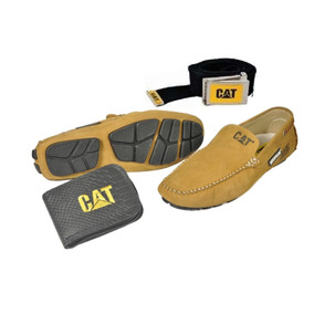 7a0e4bb12a8 Mr Cat Sapatenis Mocassins Outras Marcas - Sapatos Ocre no Mercado ...