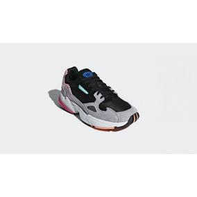 info for 526e1 47aef Zapatillas Mujer adidas Originals Falcon W Negro Rosa Gris