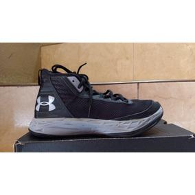 703d0a1052c Tenis Under Armour Basketball. Usado - Tamaulipas · Under Armour Curry  Negro Jet Basket 23 Medio Original Usado