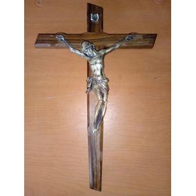 f8c05f22590 Cristo En Cruz De Madera De Olivo Hecho En Italia.