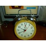 Reloj Despertador Antiguo De Los 70 De Cuerda Funcionando