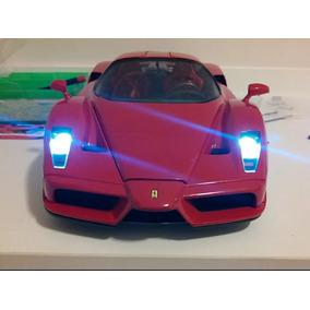 Ferrari Enzo 2002 - Escala 1/10 - Planeta Deagostine