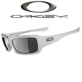 Oculos Masculino - Óculos De Sol Oakley Com lente polarizada em ... fb0a5ae6cc