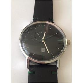 Reloj Para Caballero Negro Con Detalles Verdes