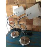 Lindo Par De Luminárias De Cabeceira Abajur Metal Vidro 110v
