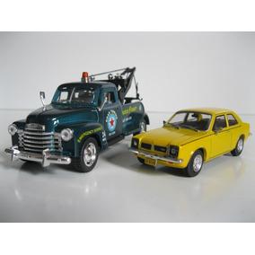 Chevrolet 3100 Guincho 1953 + Chevette Sl 1978 - Escala 1/43