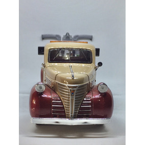 Caminhonete Reboque Truck 1941 Chrysler 1:24