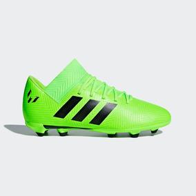 Tenissan Adidas Futbol - Tacos y Tenis Césped natural Verde de ... cacef41c33315