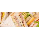Sandwiches Surtidos De Copetín, $850 El Ciento.