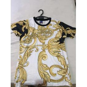 Camiseta Importada Estilo Versace Estampa Barroca