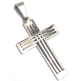 Pingente Crucifixo Cruz Grande Em Alto Relevo Aço Inox Prata