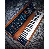 Sintetizador Moog Minimoog Original