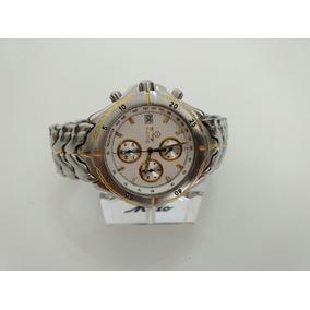 Relógio Bulova Cronógrafo.