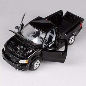 Ford F150 Miniatura Svt Lightning Preta 1/21 Maisto