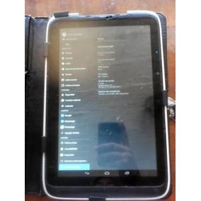 Tablet Con Detalle A Toda Prueba
