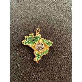 Pingente De Ouro Mapa Do Brasil Cravejado De Esmeralda