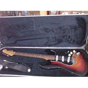 Guitarra Fender Squier Clasic Vibe 60s