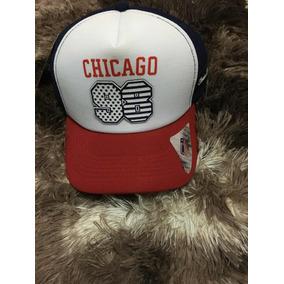 5f5a968c4b Boné Chicago De Telinha Azul Marinho Com Regulagem Flexfit · R  30. 6x R  5 sem  juros