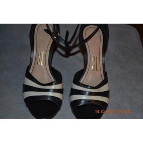 Sandálias,2 Cores Preto/branco Navajo,nº35,marca Santa Lolla