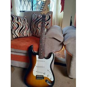 Vendo Guitarra Squier Stratocaster Afinity Series