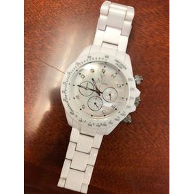 Reloj Toywatch En Blanco Con Pantalla En Nacar