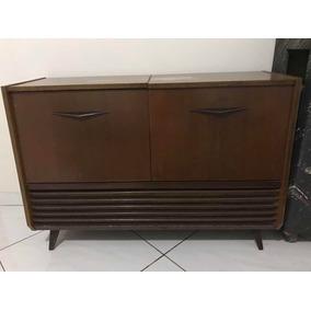 Radio Vitrola Antiga