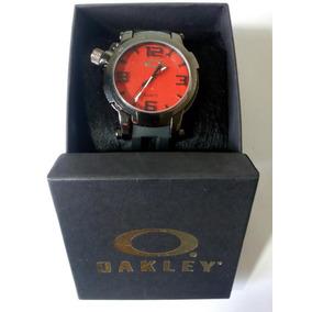 Relogio Oakley Holeshot Fundo Vermelho - Relógios no Mercado Livre ... 7dab794a6d