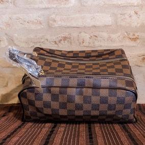f9009b4f135 Louis Vuitton Replica Perfeita - Calçados