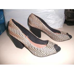 64f0333418 Sapato Veneto Sapatilhas - Scarpins para Feminino Dourado escuro no ...