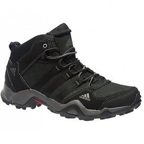 6f463219a5 Tenis Adidas Izzy - Sapatos para Masculino no Mercado Livre Brasil