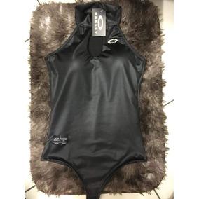 ef0ef2af65007 Oakley - Camisetas e Blusas Body no Mercado Livre Brasil