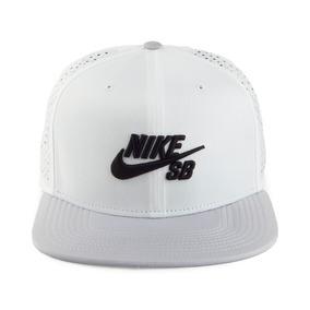 Nike Gorros Con Visera - Accesorios de Moda en Mercado Libre Argentina 5b4414fb44a