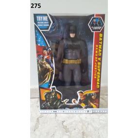 Boneco Gigante Batman 35cm Articulado, Luz, Som
