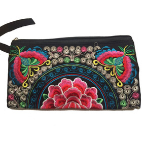 Cartera Cosmetiquera Bordada Para Dama Tendencia 2019