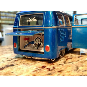Miniatura Vw Van Samba -escala 1:25 Aproximadamente (17cm)