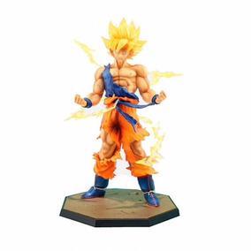 Action Figure - Dragon Ball Z Son Goku Super Sayan