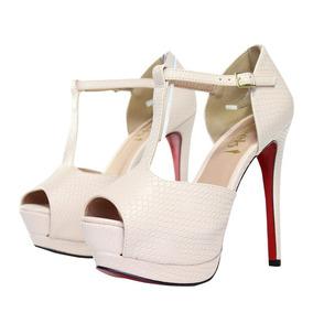 95373a31e Sandália Week Shoes Meia Pata Verniz Croco Nude