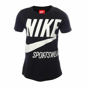 Playera Nike Sportswear Swoosh