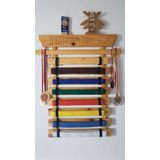 Porta Cintas Karate En Madera Personalizada