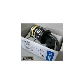 New For Omron E6b2-cwz1x 500p/r Rotary Encoder E6b2cwz1x 500