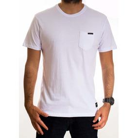 Camiseta Masculina Oakley Essential - Calçados 5cda87a4f4c8a