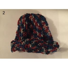 e493ca5e43d58 Boinas Tejidas A Crochet - Ropa y Accesorios Azul en Mercado Libre ...