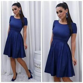 Vestido azul marinho rodado