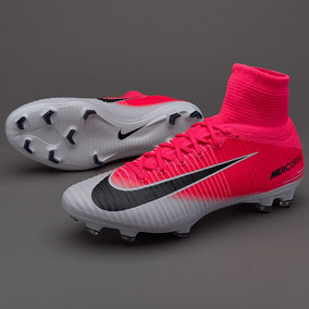 2b4812be722ba Nike Mercurial Superfly V Futbol 5 - Botines para Adulto en Mercado ...