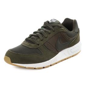 Tenis Nike Nightgazer Verde Caballero
