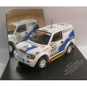 Mitsubishi Pajero Rally Dakar 2000 1:43 Jeep 4x4 #251 Branca