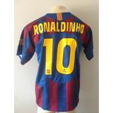 93d3ba94d9 Camisa Barcelona Ronaldinho Gaucho - Camisa Barcelona Masculina no ...