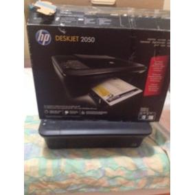 Impresora Hp Deskjet 2050 Usada Con Sus Cartuchos.