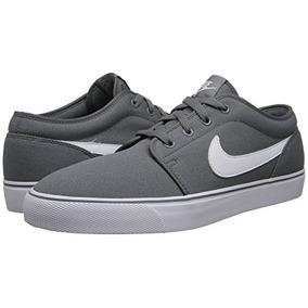 Tenis Nike Toki 50464222