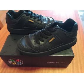 53d6590a7dc4b Zapatillas Blancas Para Colegio N32 - Vestuario y Calzado en Mercado ...